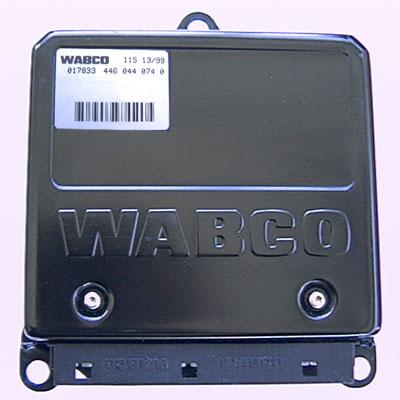 SM018_ecu wabco d type (p38 nrr) (sm018) p38 fuse box at edmiracle.co